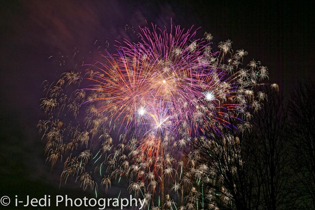 Osterplarrer-2015-Feuerwerk-I-1.jpg